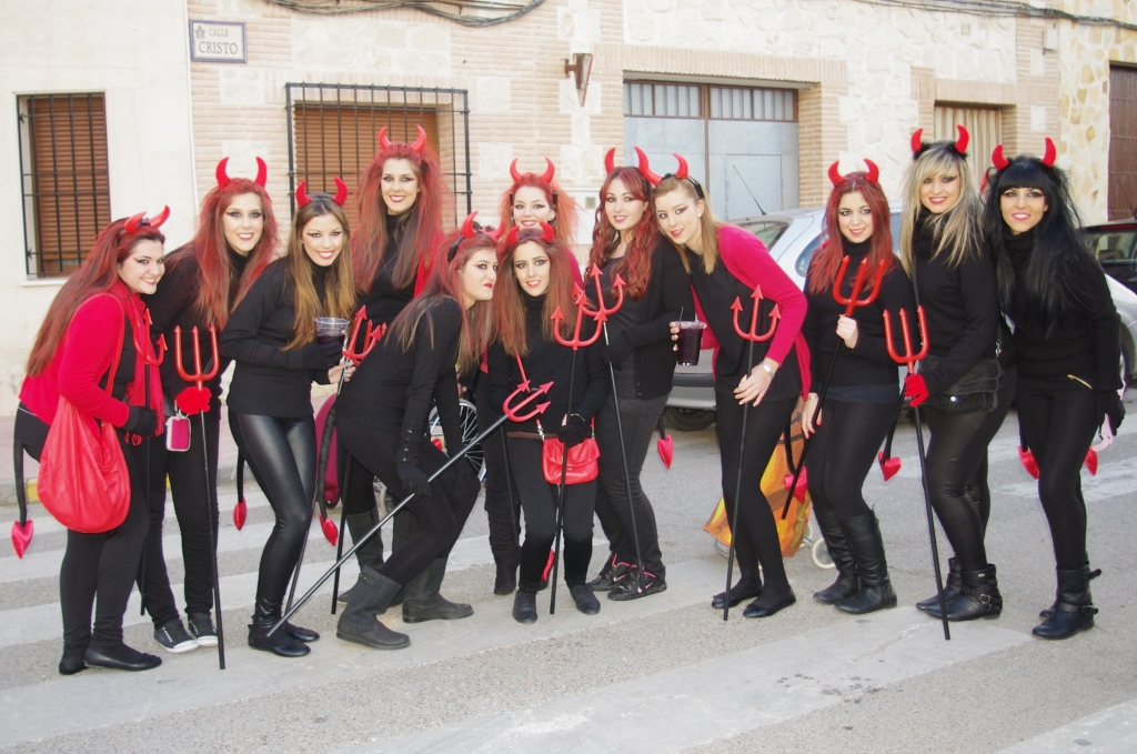 Desfile corral diablillas somos corral de almaguer - Corral de almaguer fotos ...