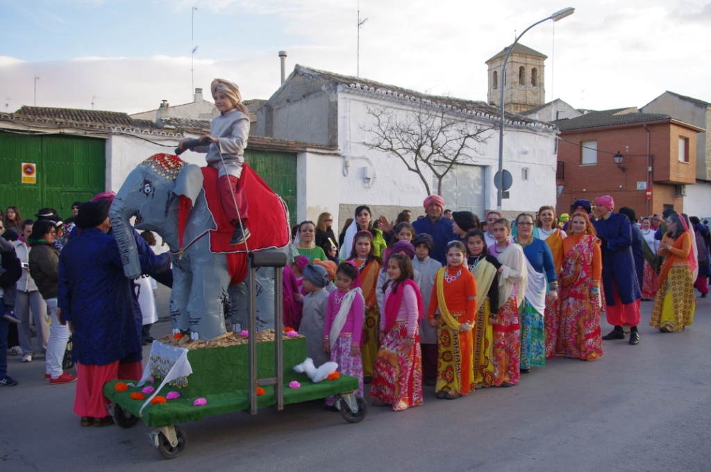 Desfile corral premio especial a la mejor puesta en - Corral de almaguer fotos ...